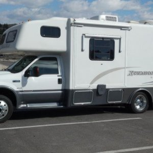 2004 Xplorer Xcursion F450 4x4 Motorhome